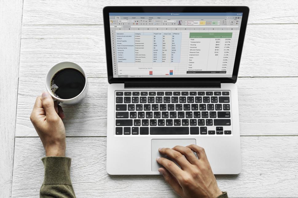 Un Software De Gestión Permite Ahorrar Dinero A Las Organizaciones